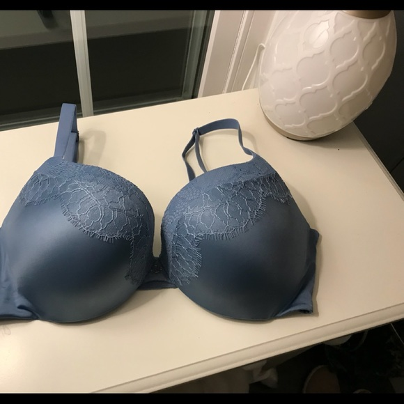 Victoria's Secret Other - 36D Victoria's Secret So Obsessed Bra